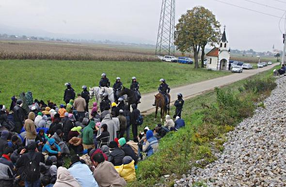 Ytali la nuova cortina di ferro la rotta balcanica compatta l europa centrale - Agenzia immobiliare slovenia ...